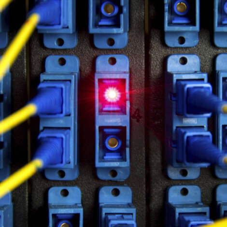 Coractive-specialty_optical_fiber_telecom_application-optical_amplification