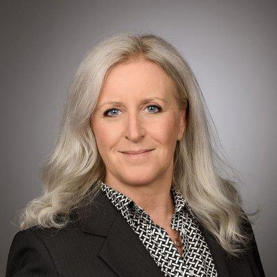 Hélène Stievenard Sales Director Directrice des ventes Coractive